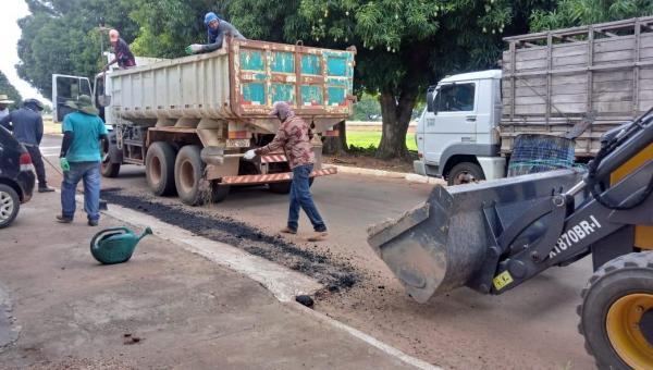 Prefeitura Municipal de Talismã realiza operação tapa buracos